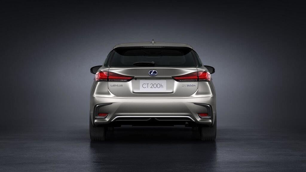 Lexus sẽ mang NX và CT nâng cấp tới Triển lãm Frankfurt 2017 - Hình 6