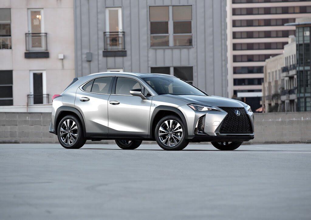 Lexus UX 2019 ra mắt, đối đầu BMX X2, Audi Q3 - Hình 1