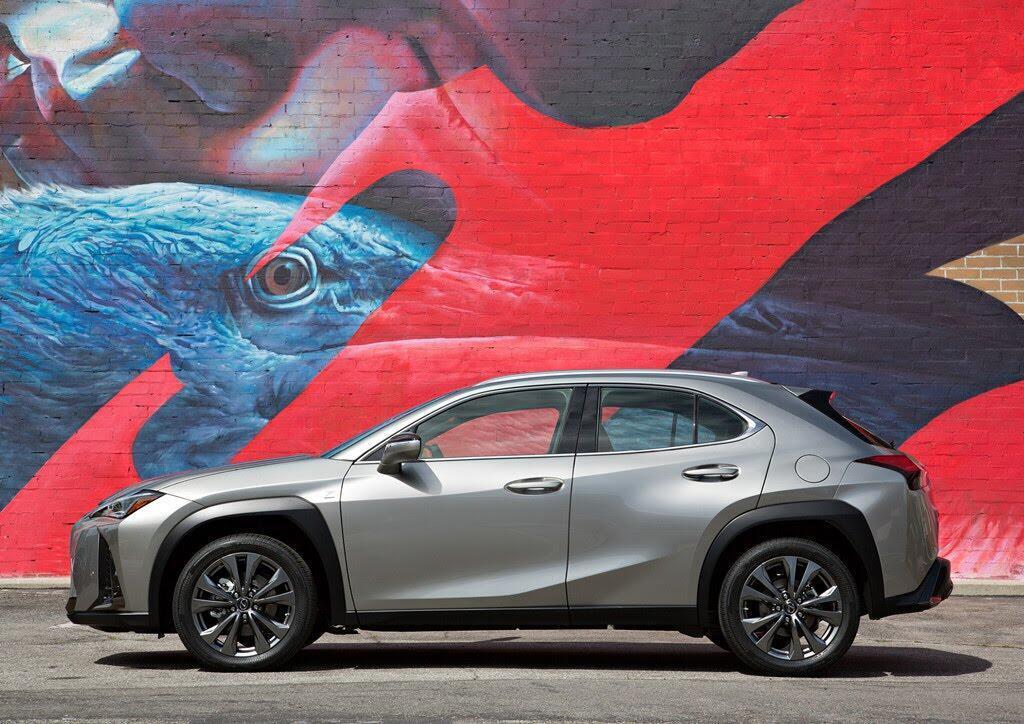 Lexus UX 2019 ra mắt, đối đầu BMX X2, Audi Q3 - Hình 4