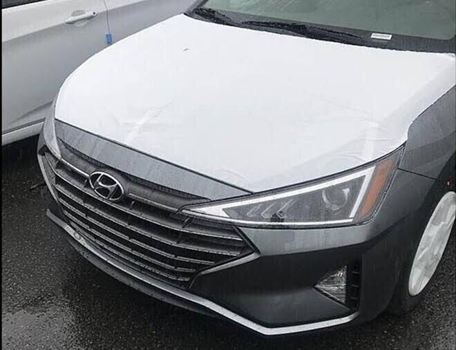 Lộ diện hình ảnh đầu tiên của Hyundai Elantra 2019 - Hình 1