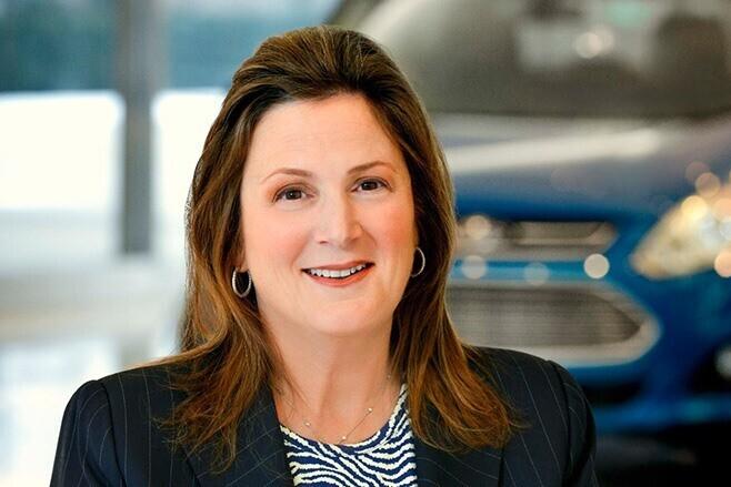 Elena Ford – Chắt nội của người sáng lập ra tập đoàn Ford.