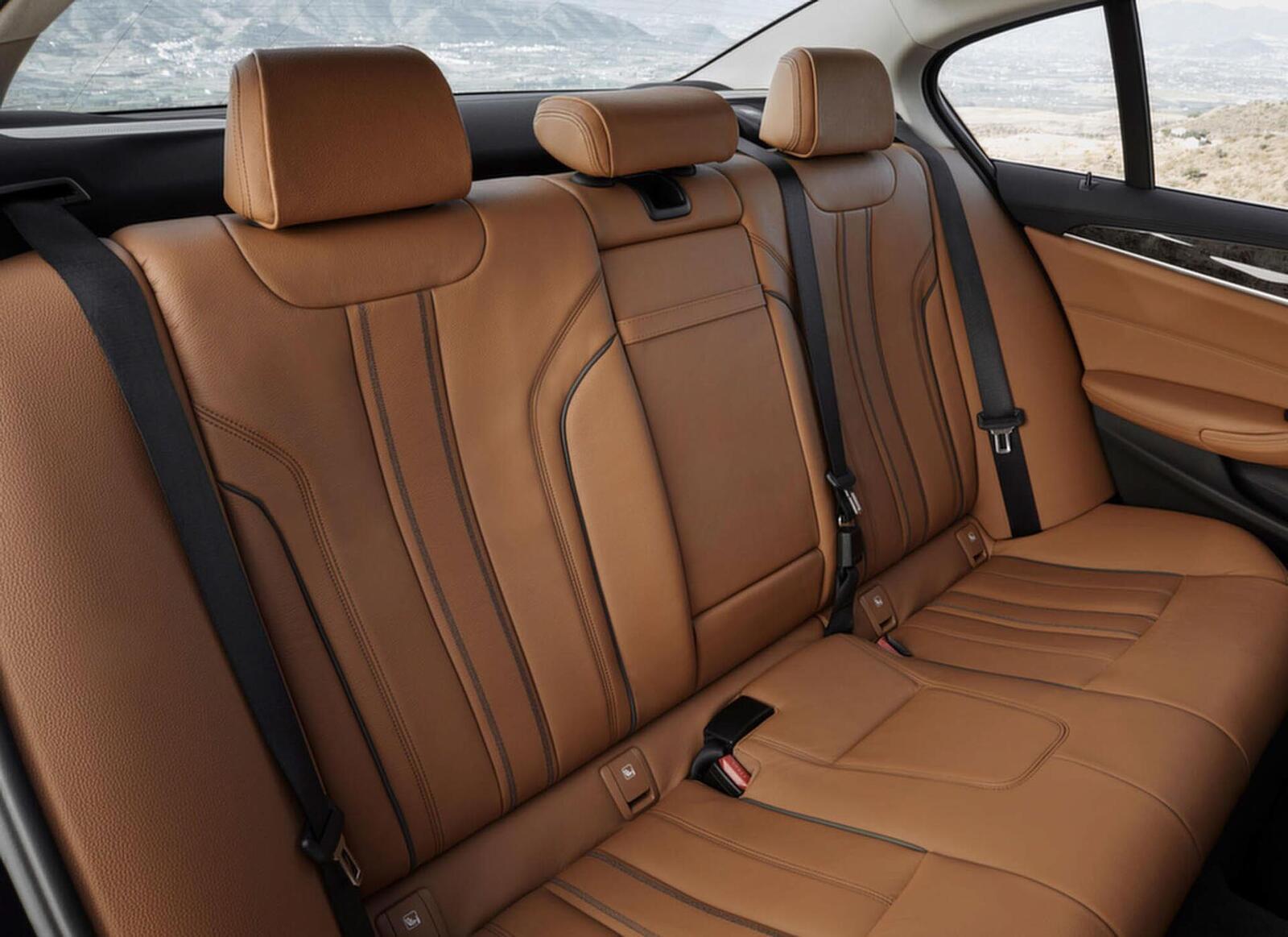Lộ giá bán của BMW 520i và 530i thế hệ mới tại Việt Nam; từ 2,389 đến 3,069 tỷ đồng - Hình 12