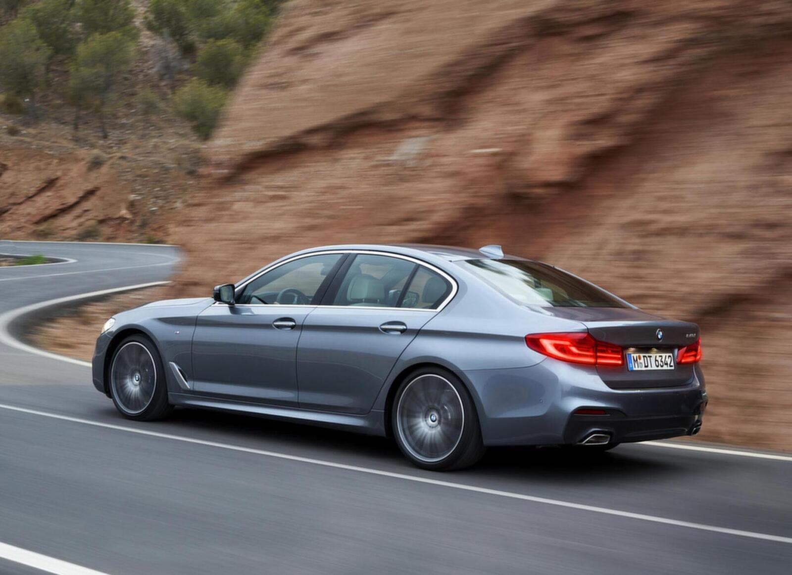 Lộ giá bán của BMW 520i và 530i thế hệ mới tại Việt Nam; từ 2,389 đến 3,069 tỷ đồng - Hình 4