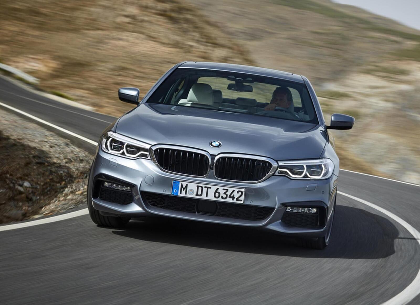 Lộ giá bán của BMW 520i và 530i thế hệ mới tại Việt Nam; từ 2,389 đến 3,069 tỷ đồng - Hình 6