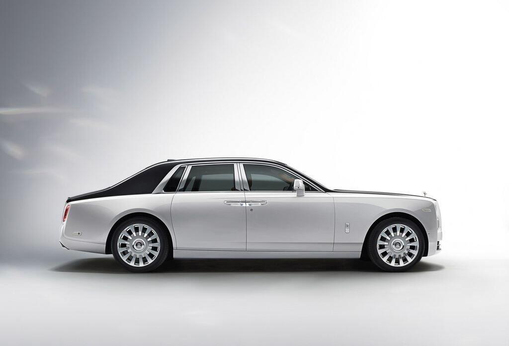 """Lộ hình ảnh """"bằng xương bằng thịt"""" của Rolls-Royce Phantom 2018 - Hình 8"""