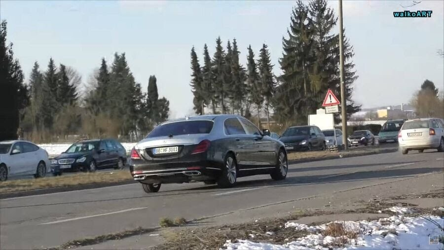 Lộ hình ảnh Mercedes-Maybach S-Class 2019 trên phố trước thềm Geneva 2018 - Hình 4