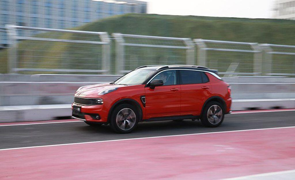 Lynk & Co 01 2020 – SUV Trung Quốc sử dụng nền tảng Volvo - Hình 2