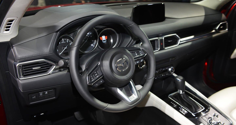 Mazda CX-5 thế hệ mới ra mắt tại Singapore, giá từ 105.433 USD - Hình 7