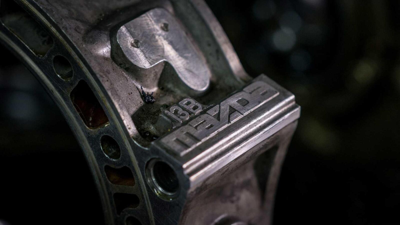 """Mazda sẽ """"hồi sinh"""" động cơ xoay Rotary tích hợp công nghệ lai hybrid - Hình 9"""