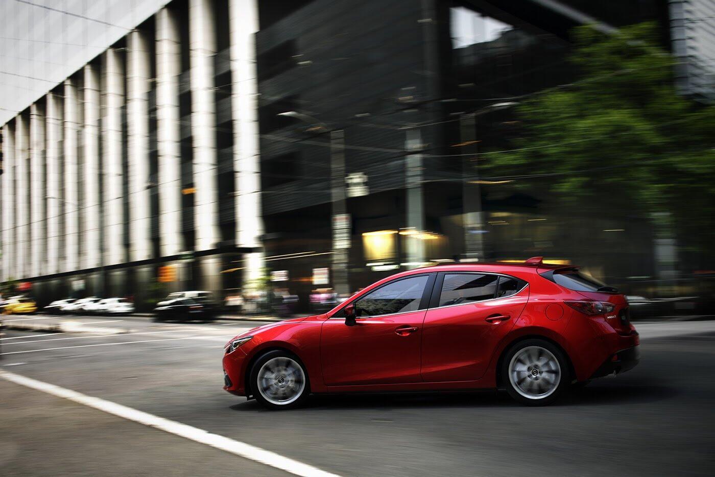 Mazda3 2018 sẽ sớm ra mắt vào cuối năm nay - Hình 2