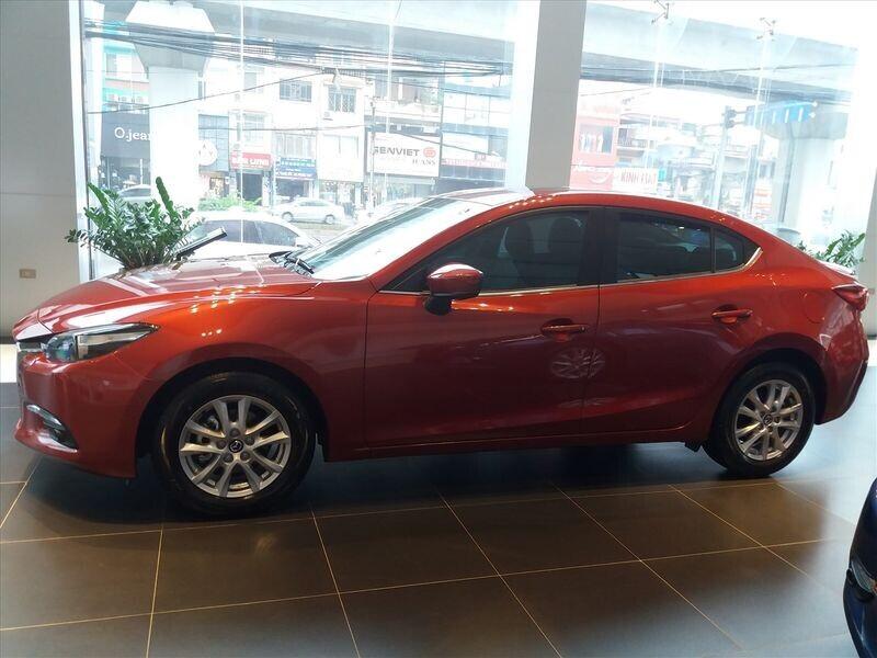 Mazda3 2019 bổ sung trang bị và giá bán tăng nhẹ tại Việt Nam - Hình 2