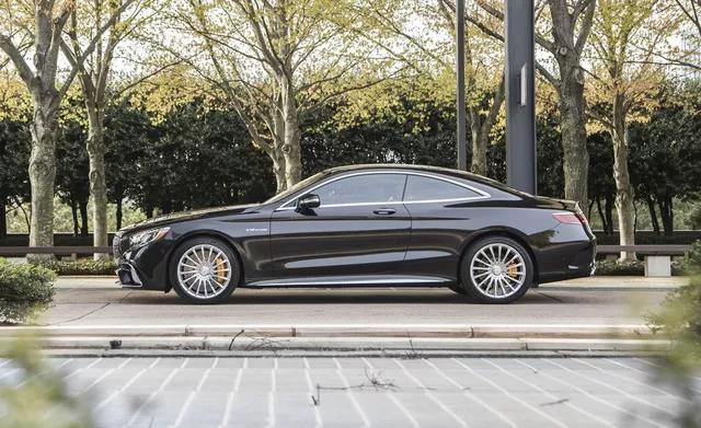 Mazda3 sánh ngang xe sang, siêu xe, thậm chí cả Bugatti Chiron trong danh sách xe đẹp nhất đang bán trên thị trường - Ảnh 10.