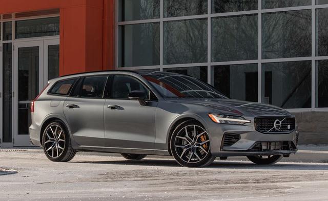 Mazda3 sánh ngang xe sang, siêu xe, thậm chí cả Bugatti Chiron trong danh sách xe đẹp nhất đang bán trên thị trường - Ảnh 15.