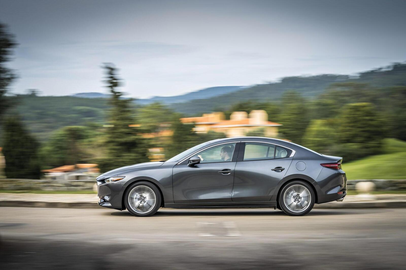 Mazda3 thế hệ mới chốt lịch ra mắt tại Malaysia vào tháng sau; giá dự kiến từ 764 triệu đồng - Hình 14