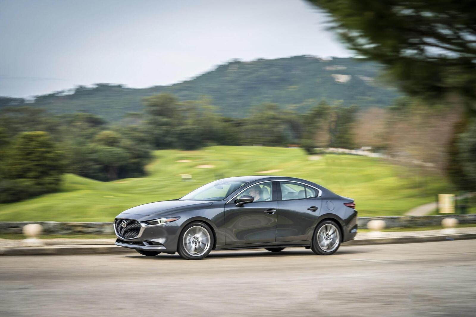 Mazda3 thế hệ mới chốt lịch ra mắt tại Malaysia vào tháng sau; giá dự kiến từ 764 triệu đồng - Hình 15
