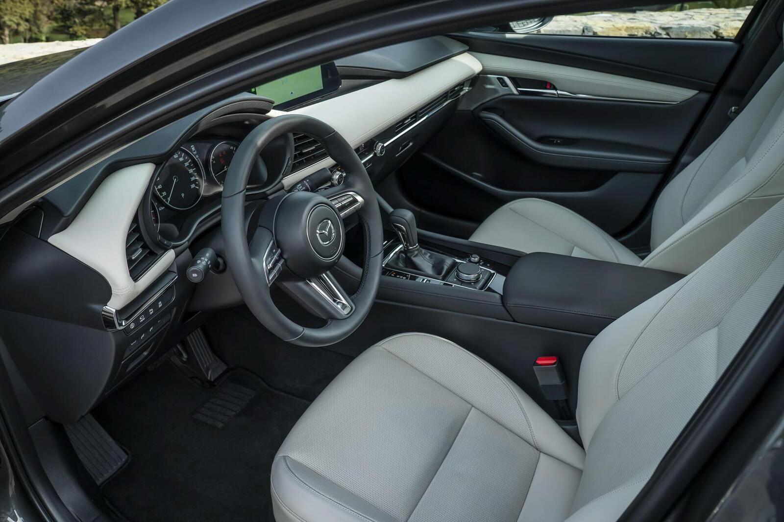 Mazda3 thế hệ mới chốt lịch ra mắt tại Malaysia vào tháng sau; giá dự kiến từ 764 triệu đồng - Hình 7