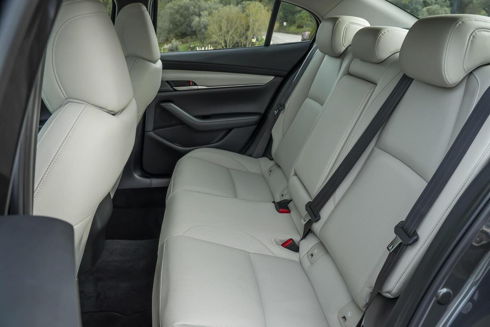 Mazda3 thế hệ mới chốt lịch ra mắt tại Malaysia vào tháng sau; giá dự kiến từ 764 triệu đồng - Hình 8