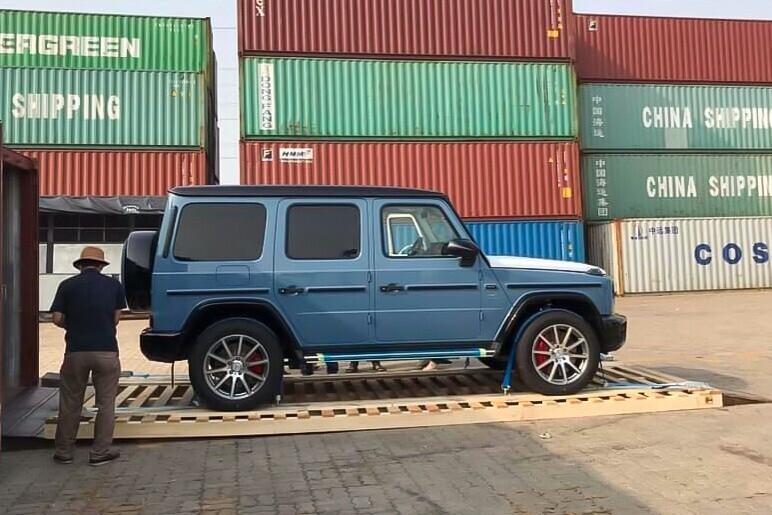 mercedes-amg-g-63-mau-xanh-cua-cuong-do-la-su-dung-cac-tuy-chon-nao