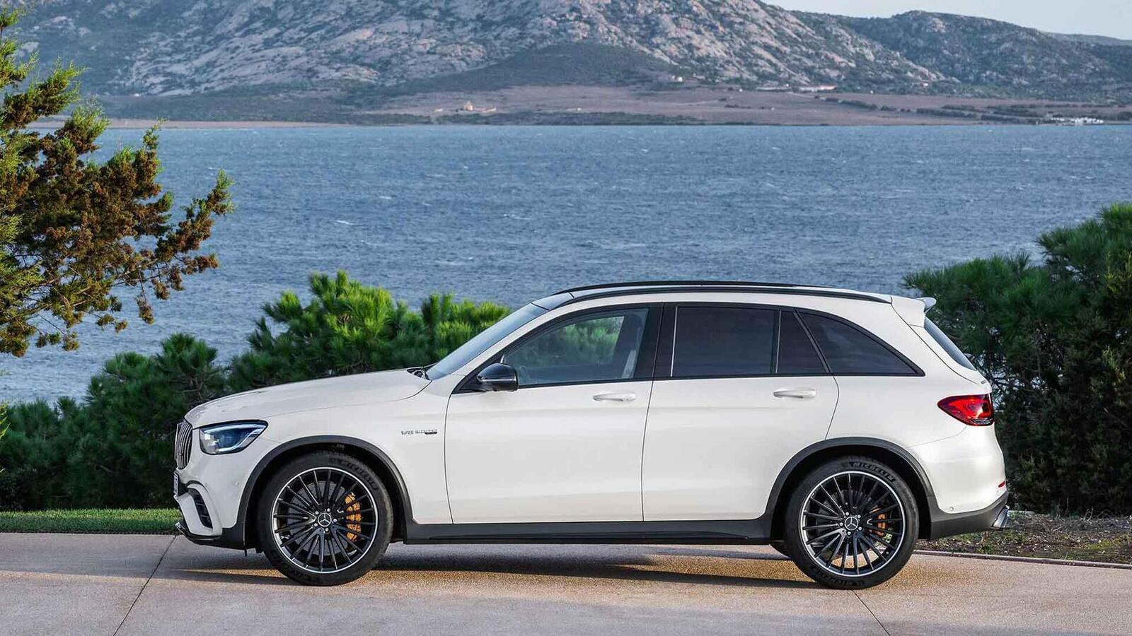 Mercedes-AMG giới thiệu GLC và GLC Coupe 63 mới lắp động cơ V8 4.0L Biturbo mạnh hơn 460 mã lực - Hình 10