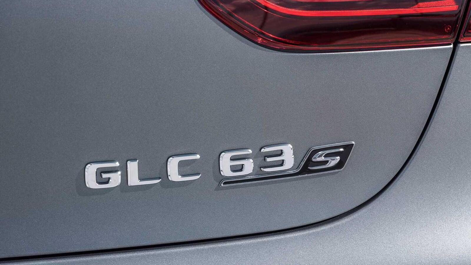 Mercedes-AMG giới thiệu GLC và GLC Coupe 63 mới lắp động cơ V8 4.0L Biturbo mạnh hơn 460 mã lực - Hình 28
