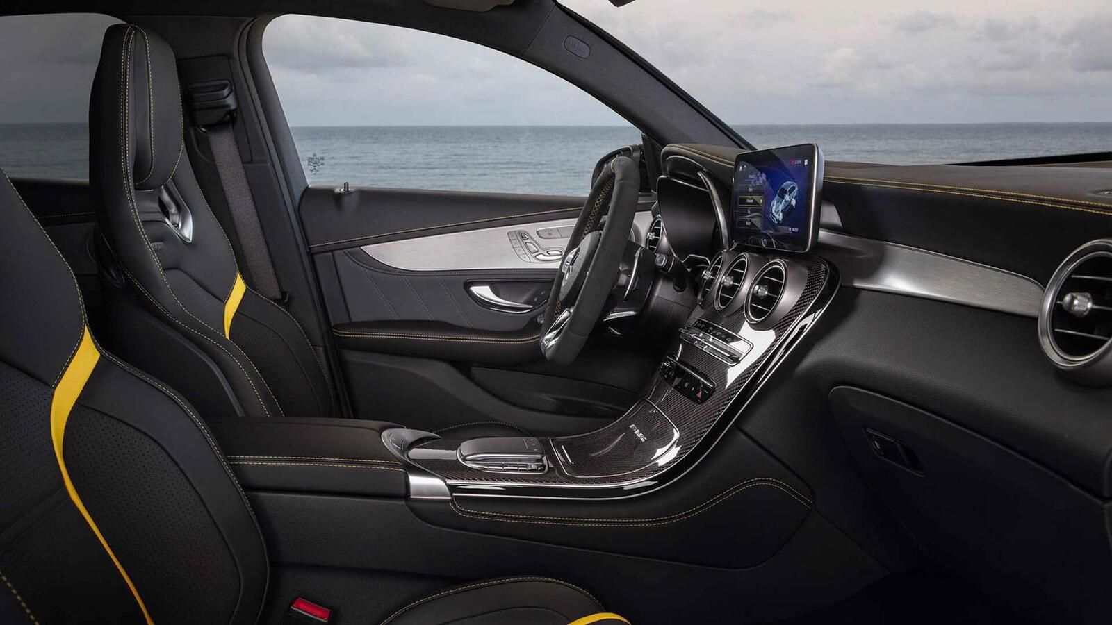 Mercedes-AMG giới thiệu GLC và GLC Coupe 63 mới lắp động cơ V8 4.0L Biturbo mạnh hơn 460 mã lực - Hình 32