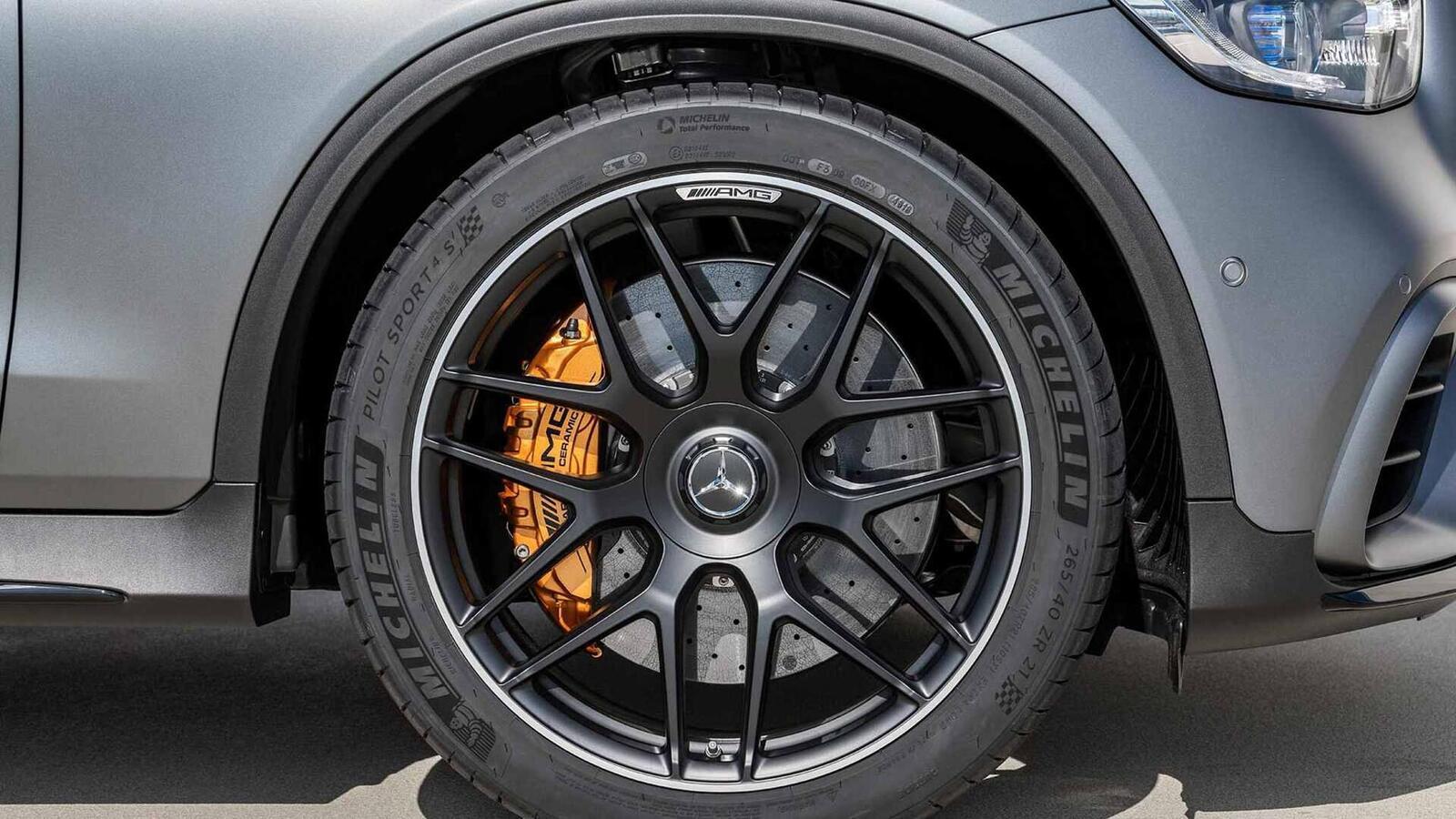 Mercedes-AMG giới thiệu GLC và GLC Coupe 63 mới lắp động cơ V8 4.0L Biturbo mạnh hơn 460 mã lực - Hình 7