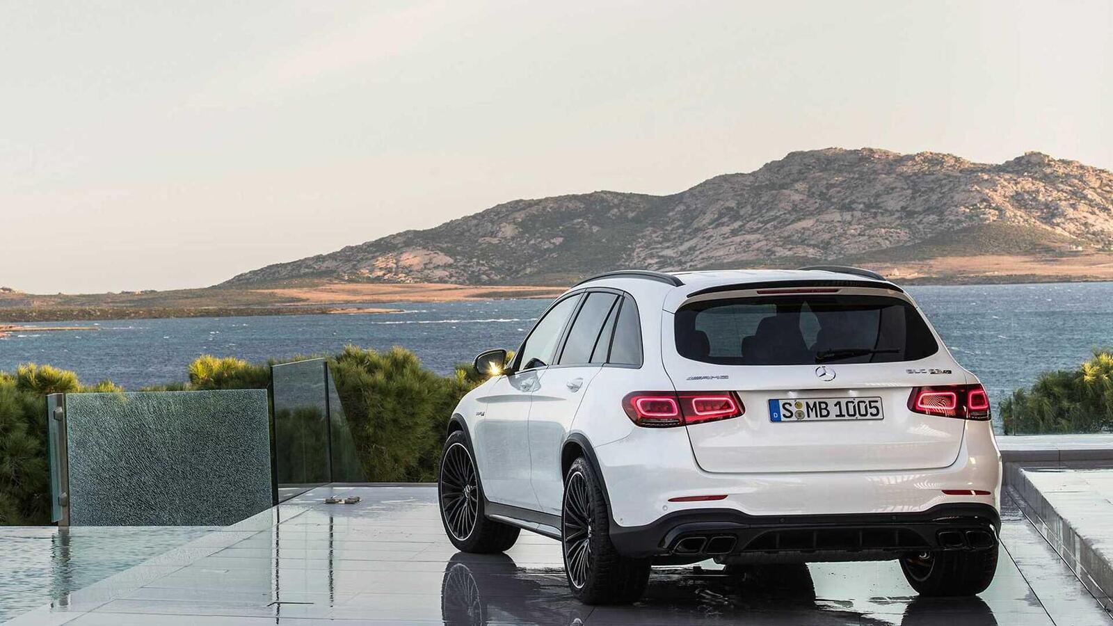 Mercedes-AMG giới thiệu GLC và GLC Coupe 63 mới lắp động cơ V8 4.0L Biturbo mạnh hơn 460 mã lực - Hình 8