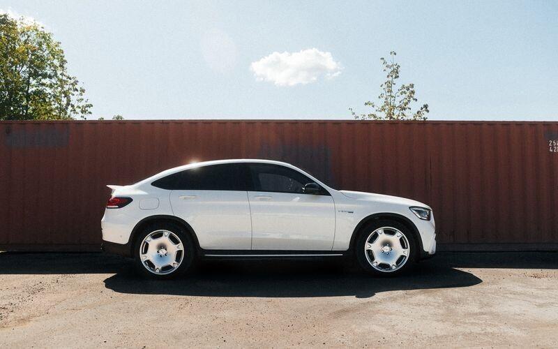 mercedes-amg-glc-63-s-coupe-tang-luc-len-582-ma-luc-nho-lorinser