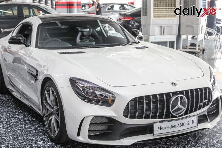 Tổng quan Mercedes AMG GT