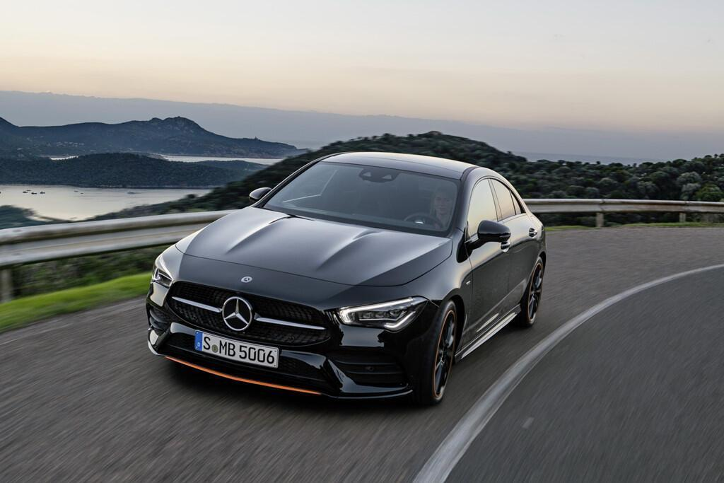 mercedes-benz-cla-2019-coupe-gia-re-trong-phan-khuc-hang-sang-2.jpg
