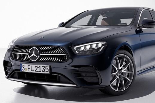 Mercedes-Benz E-Class 2021 được ra mắt tại Thái Lan