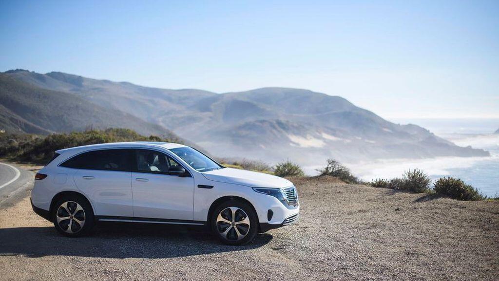 Mercedes-Benz EQC - crossover điện đầu tiên của hãng xe Đức sẽ trình làng vào tháng 1/2019 - Hình 4