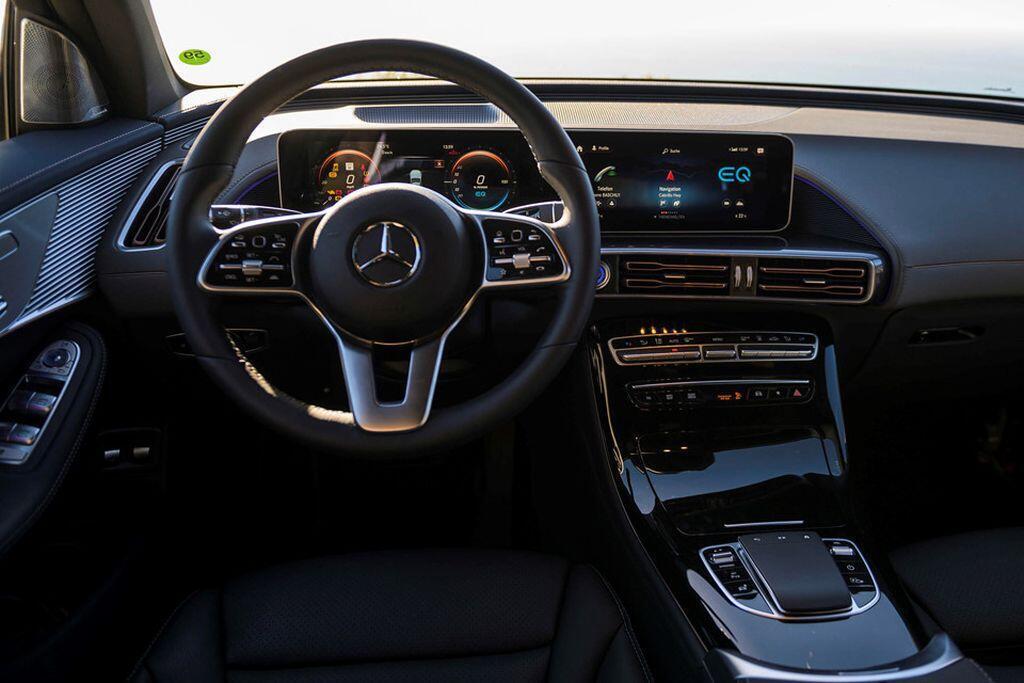 Mercedes-Benz EQC - crossover điện đầu tiên của hãng xe Đức sẽ trình làng vào tháng 1/2019 - Hình 6
