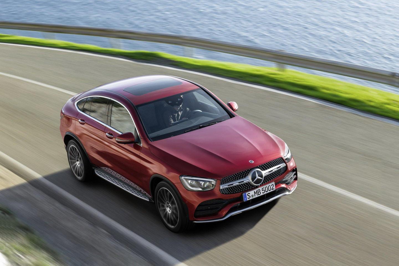 mercedes-benz-glc-coupe-2020-ra-mat-the-thao-va-manh-me-hon-1.jpg