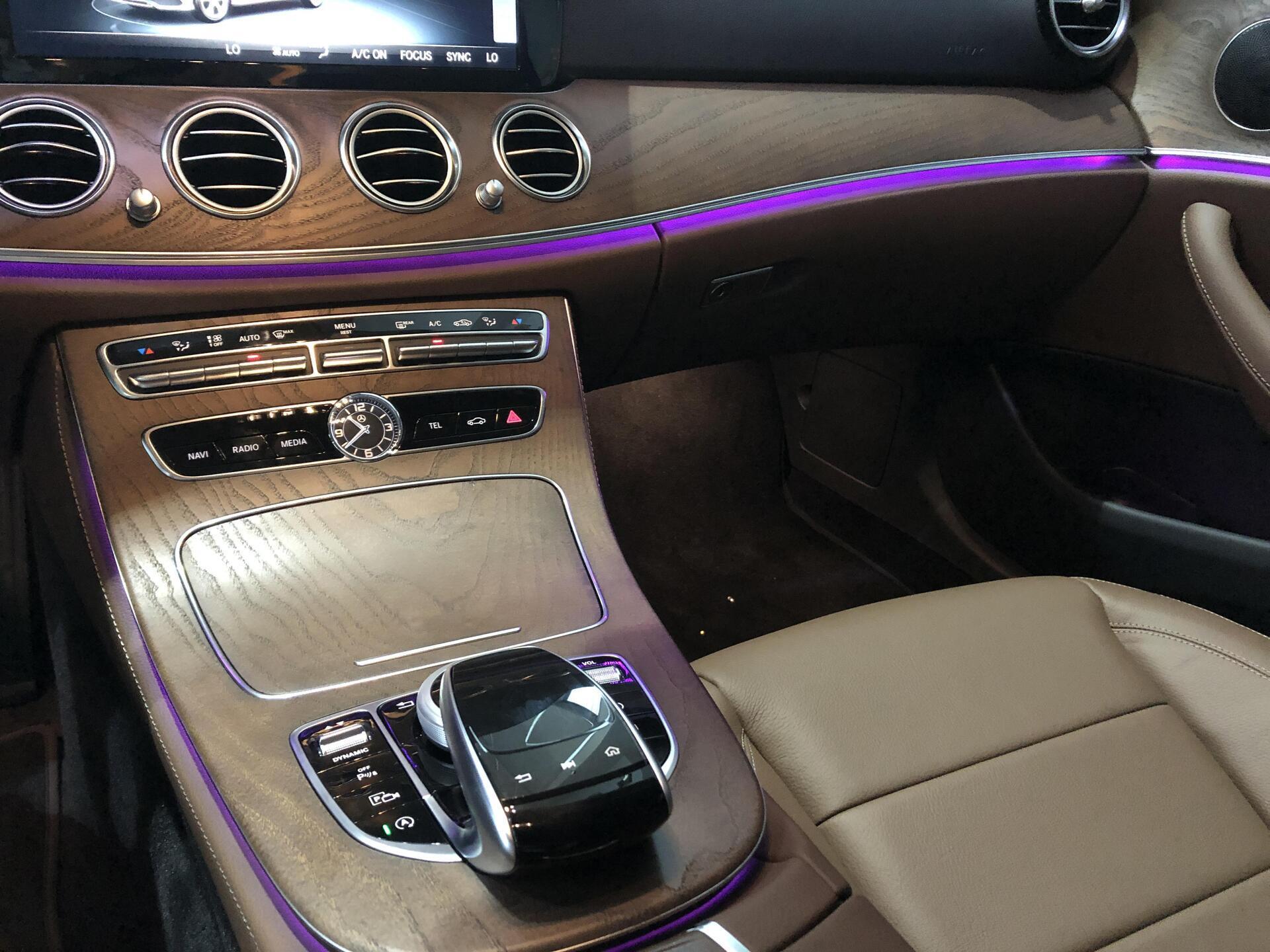 Mercedes E200 - Hình 10