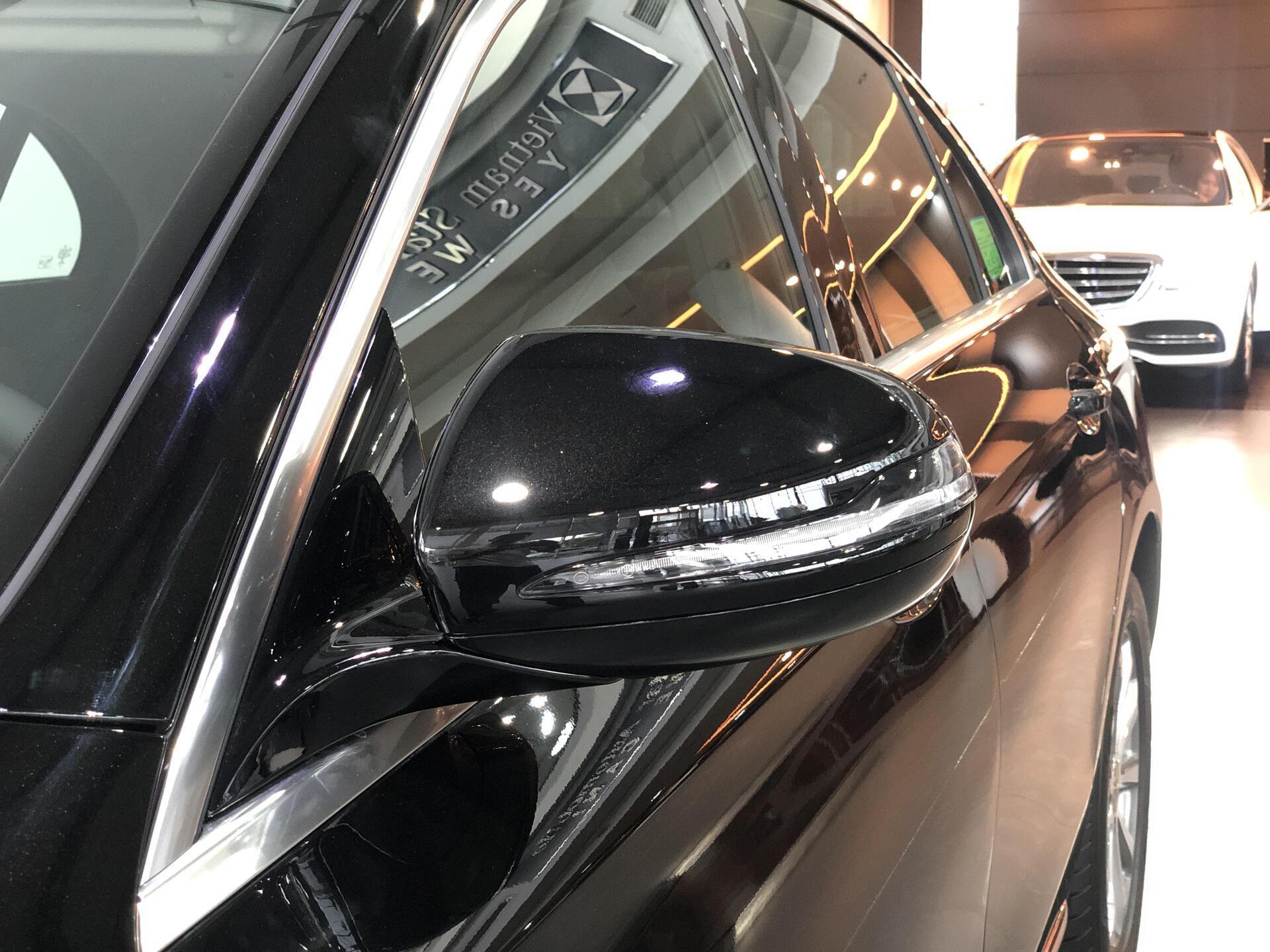 Mercedes E200 - Hình 4