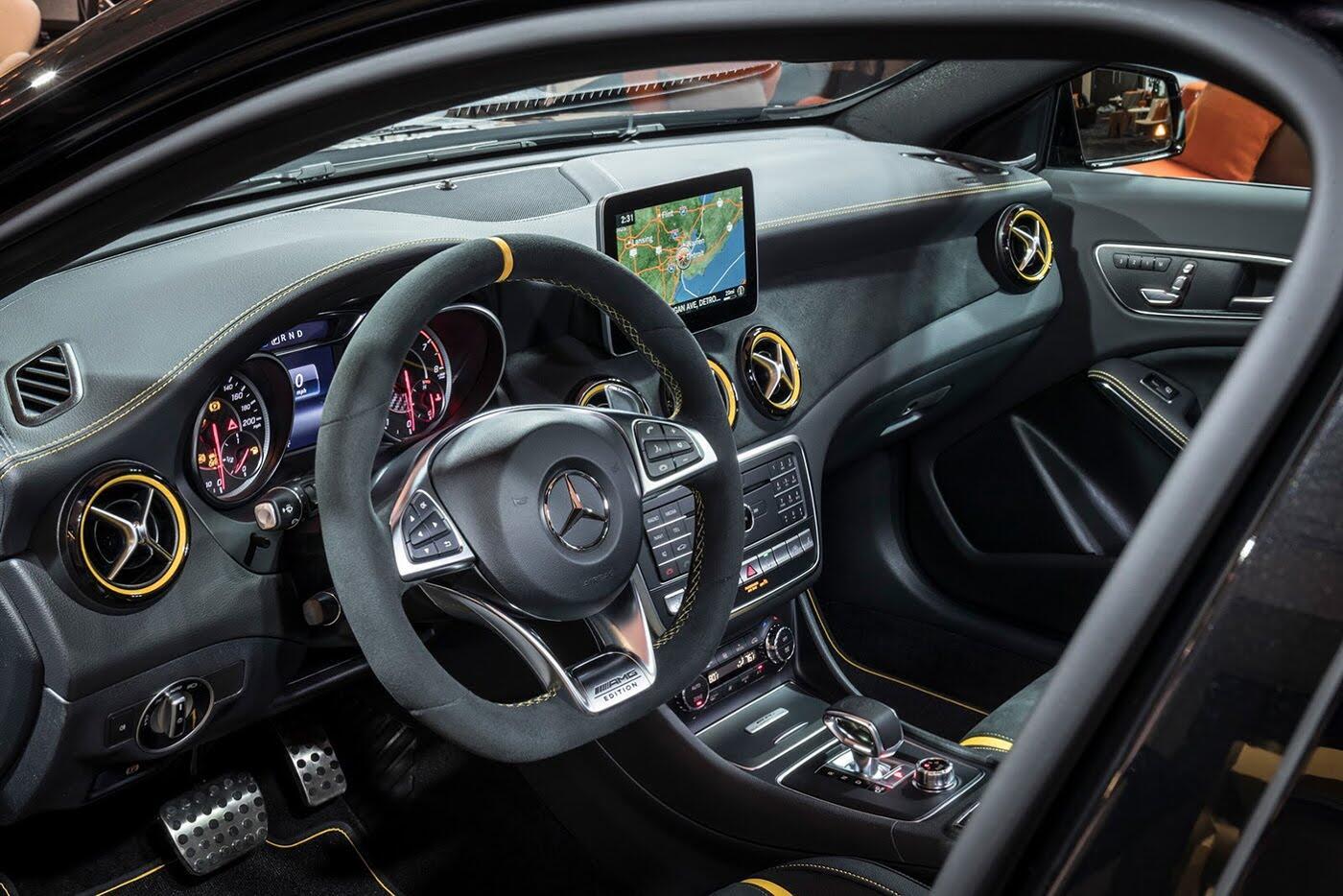 Mercedes GLA bản nâng cấp có giá từ 43.900 USD - Hình 5