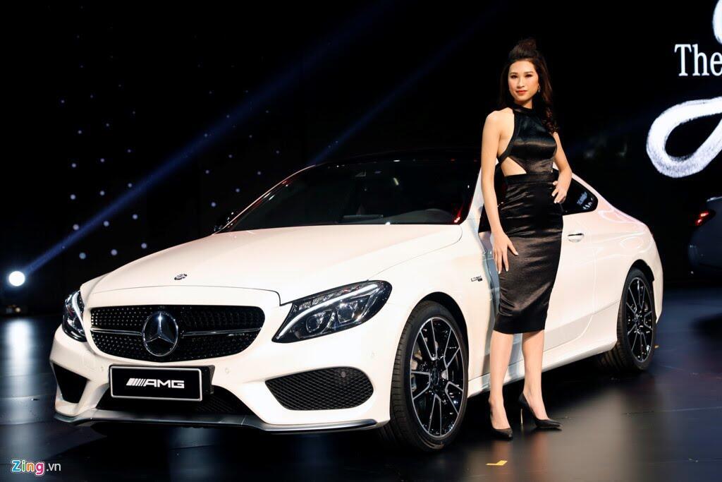 Mercedes trưng dàn xe 150 tỷ tại Hà Nội - Hình 1