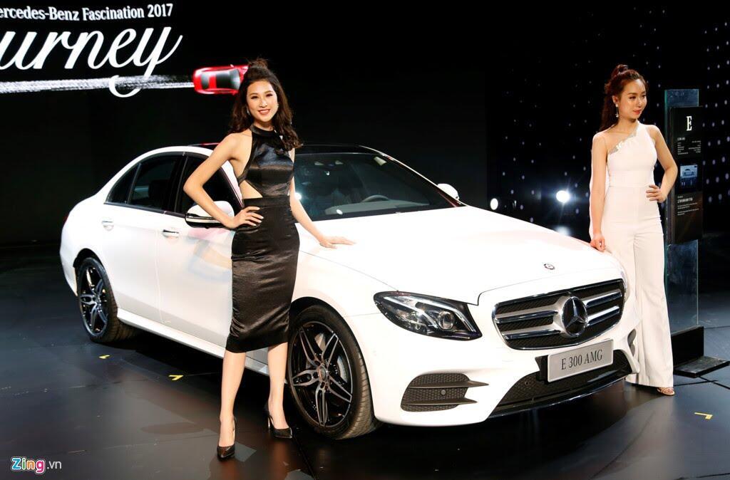 Mercedes trưng dàn xe 150 tỷ tại Hà Nội - Hình 5