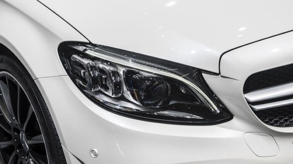 Mercedes-AMG C43 2019 sedan được hãng xe Đức trình làng tại triển lãm Geneva 2018 - Hình 11