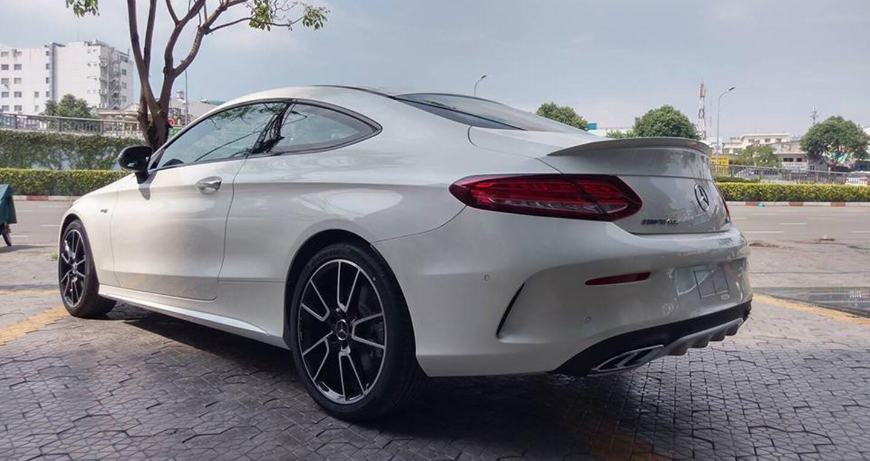 Mercedes-AMG C43 Coupe giá 4,2 tỷ đầu tiên về Việt Nam - Hình 3