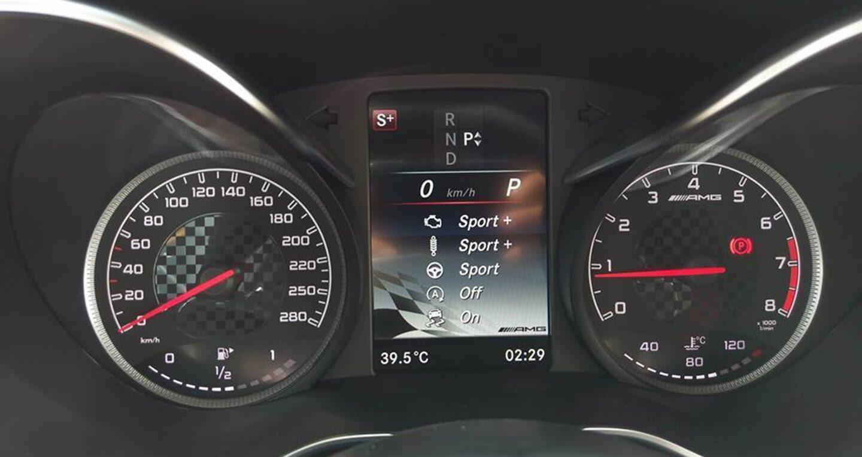 Mercedes-AMG C43 Coupe giá 4,2 tỷ đầu tiên về Việt Nam - Hình 9