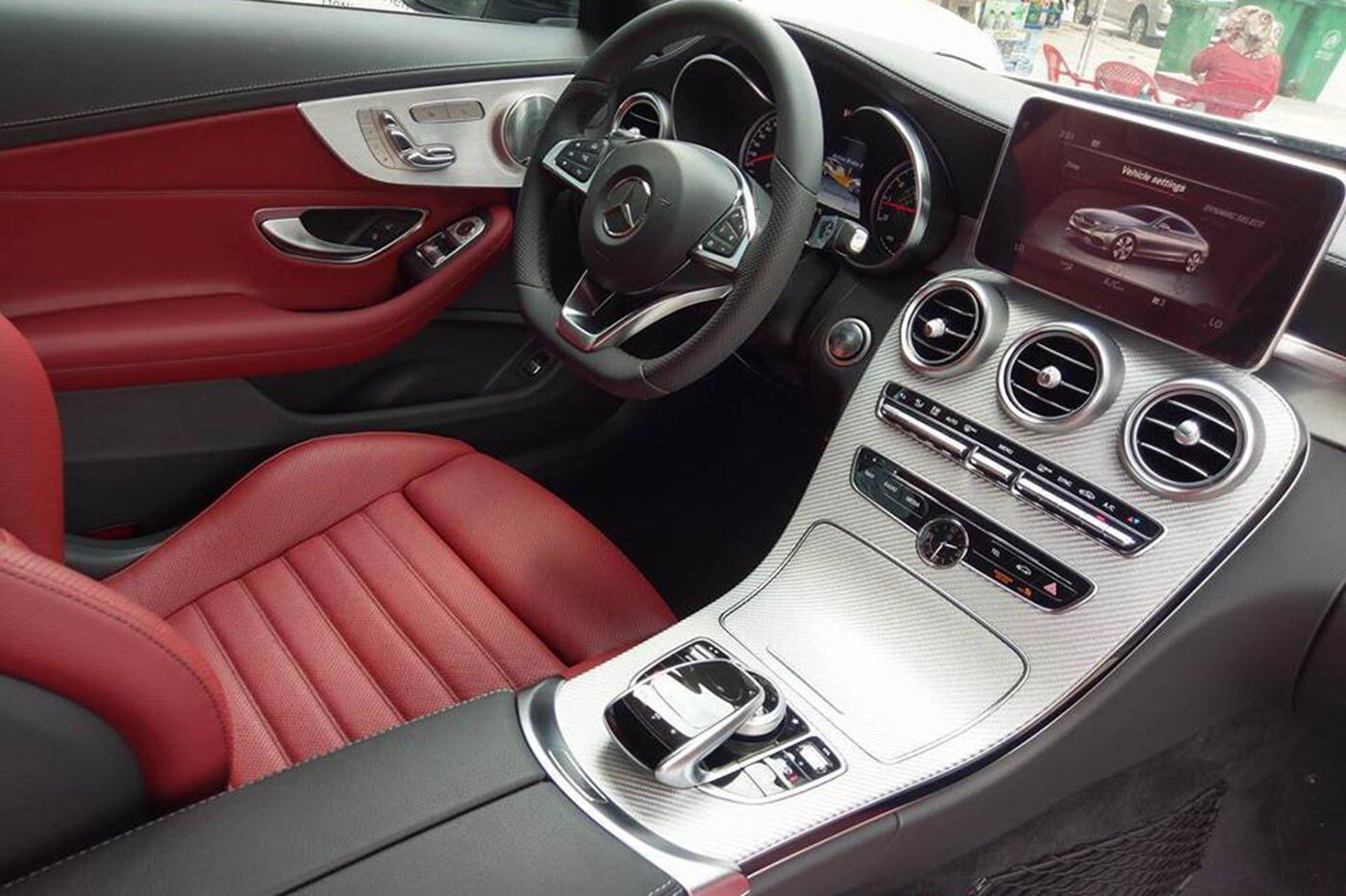 Mercedes-AMG C43 Coupe giá 4,2 tỷ đầu tiên về Việt Nam - Hình 11
