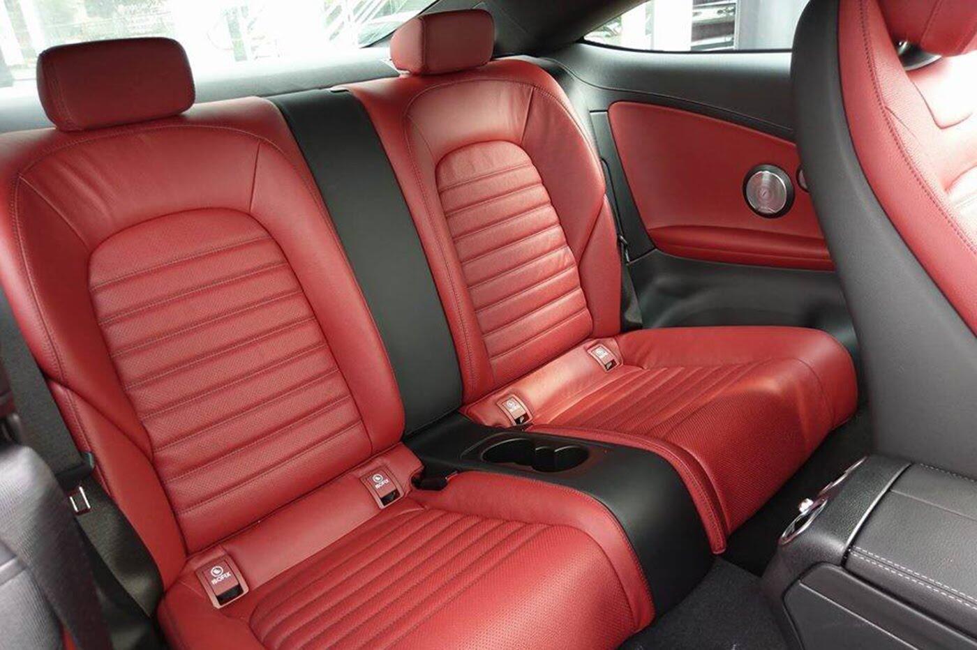 Mercedes-AMG C43 Coupe giá 4,2 tỷ đầu tiên về Việt Nam - Hình 12