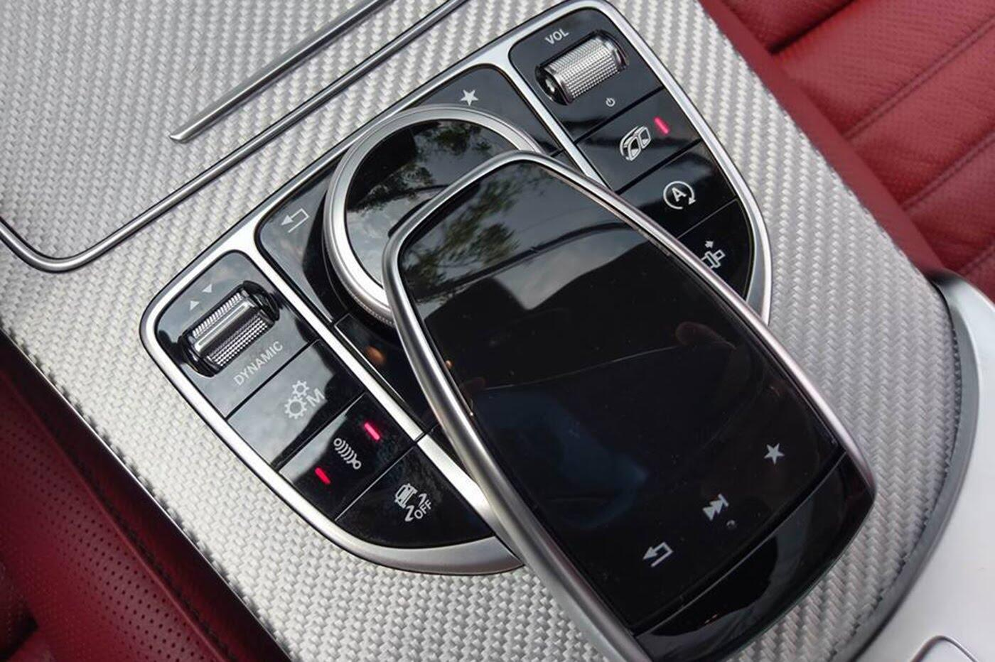 Mercedes-AMG C43 Coupe giá 4,2 tỷ đầu tiên về Việt Nam - Hình 14