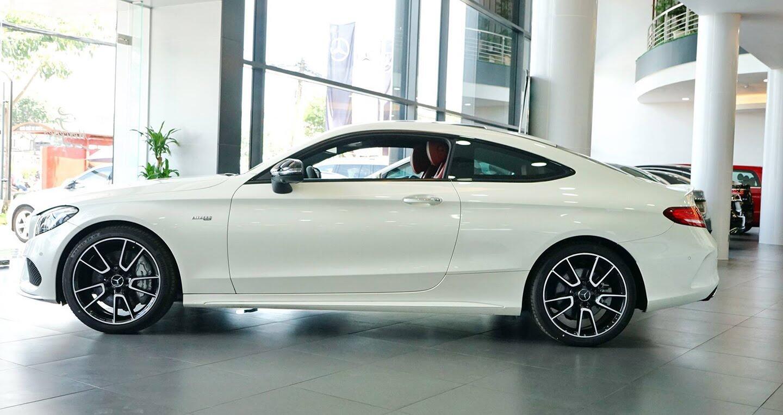 Mercedes-AMG C43 Coupe giá 4,2 tỷ đầu tiên về Việt Nam - Hình 17