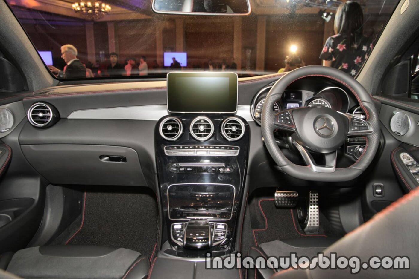 Mercedes-AMG GLC 43 4MATIC Coupe ra mắt, giá 116.000 USD - Hình 9