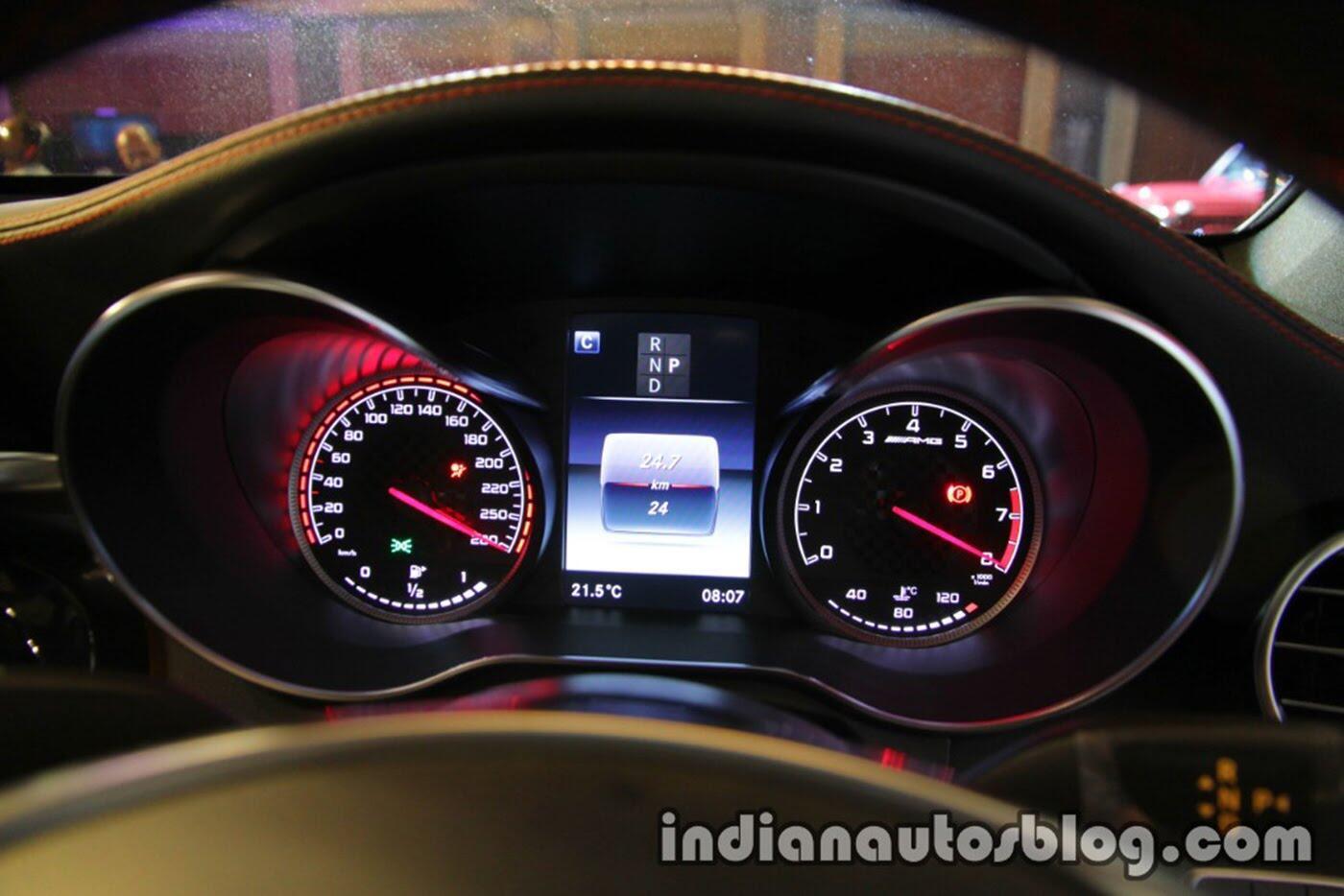 Mercedes-AMG GLC 43 4MATIC Coupe ra mắt, giá 116.000 USD - Hình 12