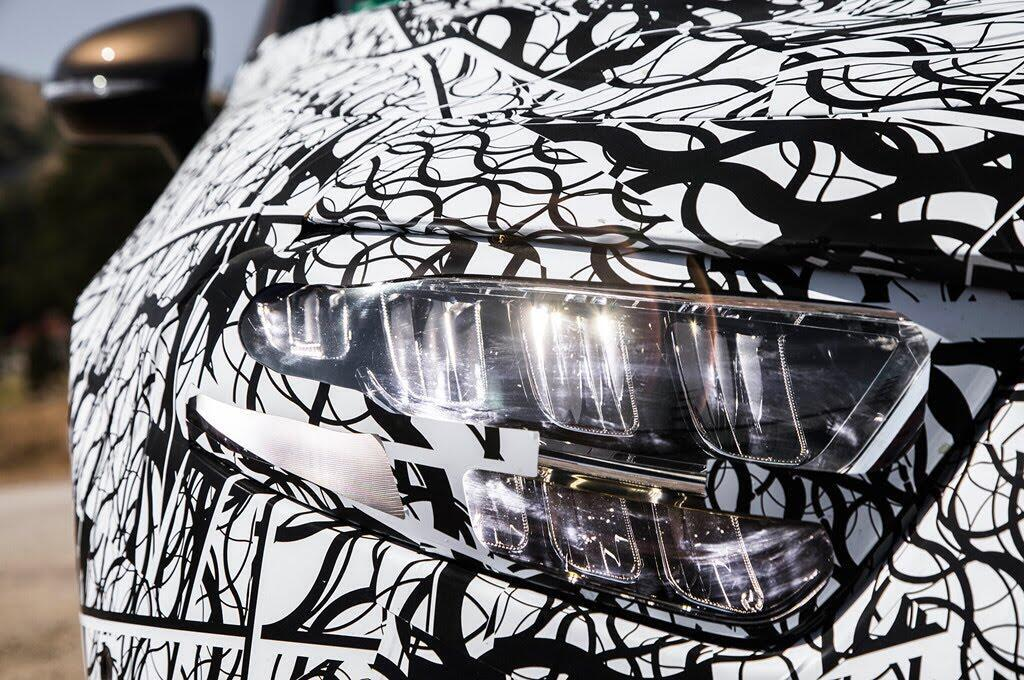 Mercedes-Benz CLS 2019 hé lộ thiết kế độc nhất - Hình 7