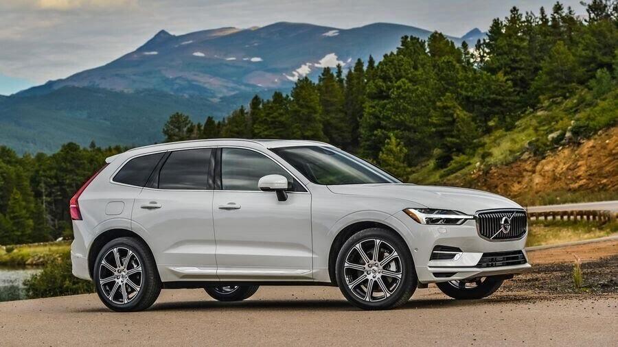 Mercedes-Benz có thể chia sẻ các động cơ với Volvo, đồng thời mua cổ phần của hãng xe Thụy Điển - Hình 1